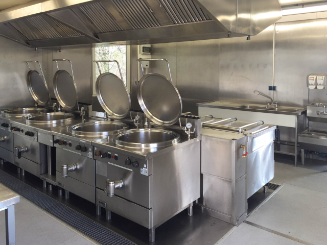 Kochinsel in Kuchencontainer Anlage