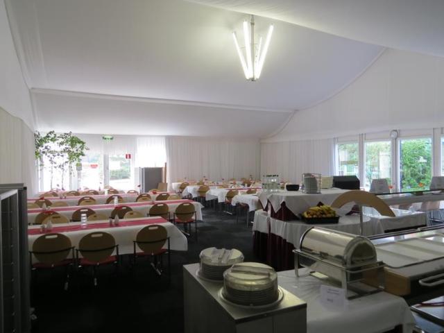 Speisesaal in Alu-Halle