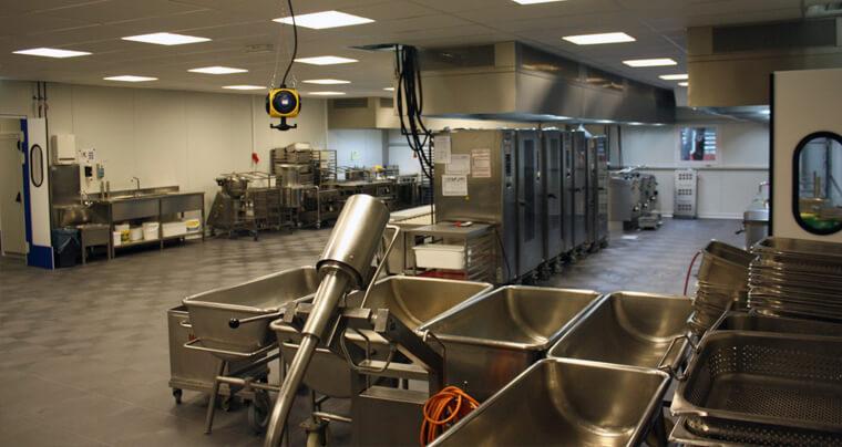 Raumlösungen - Küchen nach Maß
